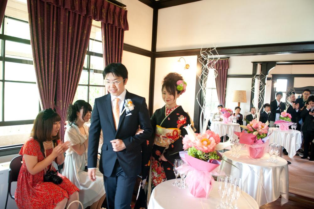 歴史的建造物で結婚式