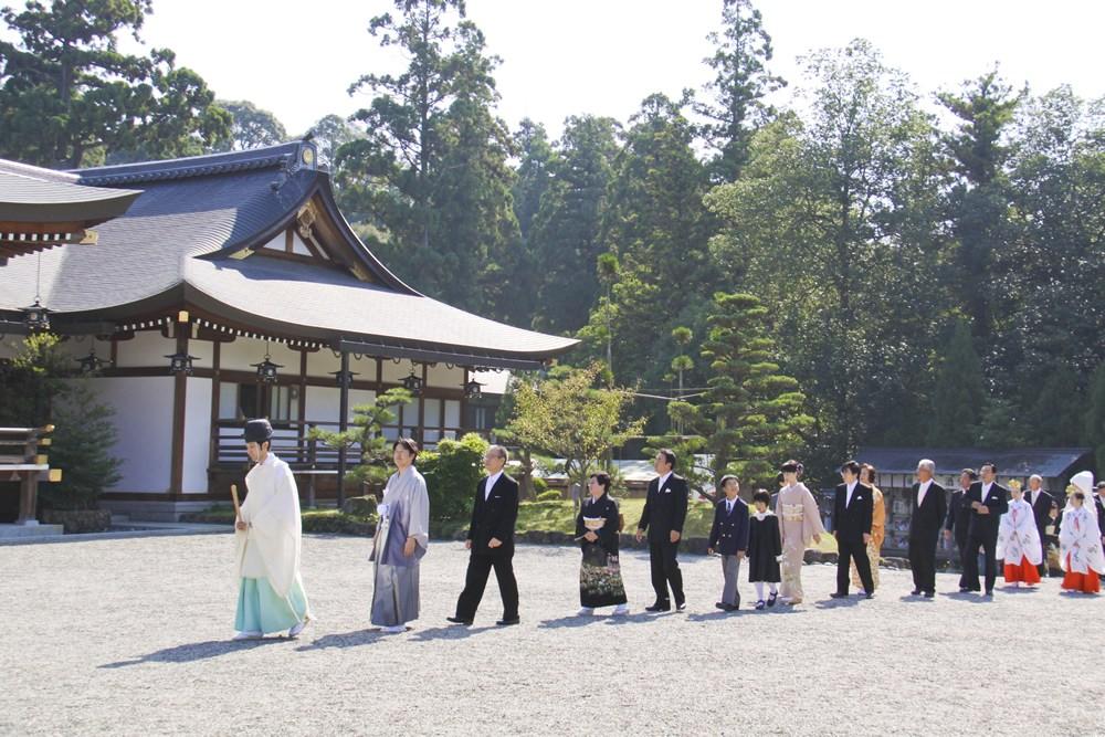 厳かに本格神社挙式&披露宴