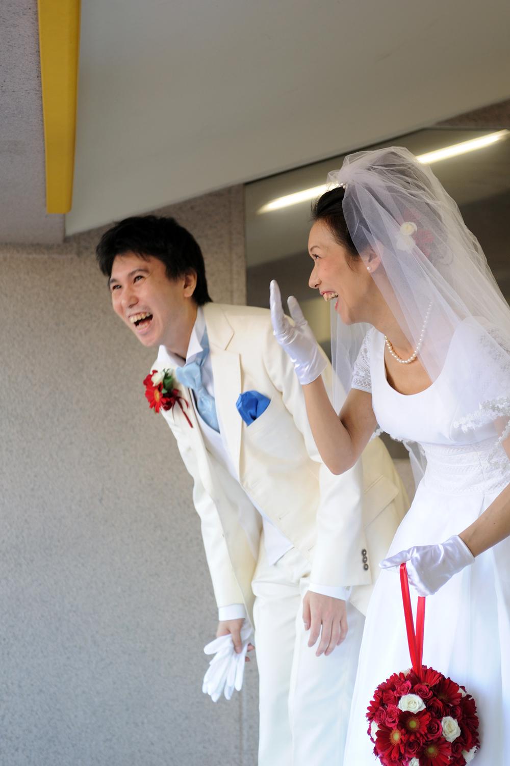 """""""聖地""""で叶えた夢のスタジアム・ウェディング"""