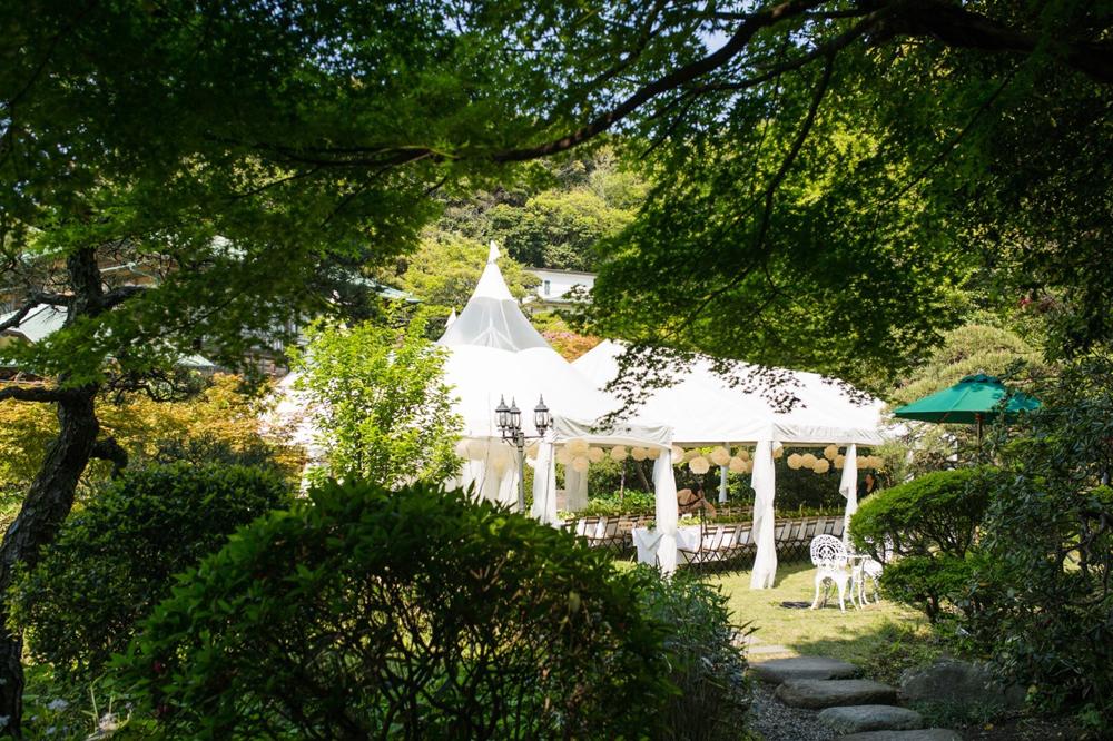 地元愛溢れるウェディングを英国ガーデンスタイルで