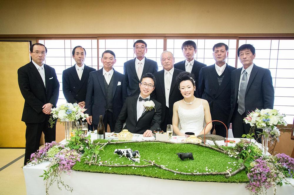 これから暮らす町の人たちと繋がった花嫁行列