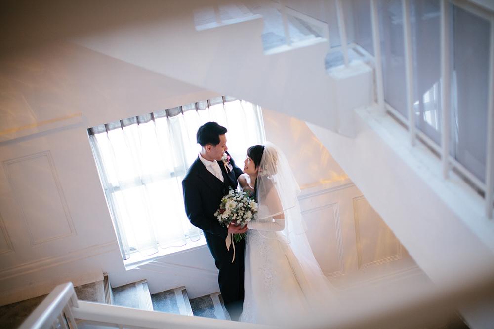 【横浜。かつては銀行だった建物での結婚式】