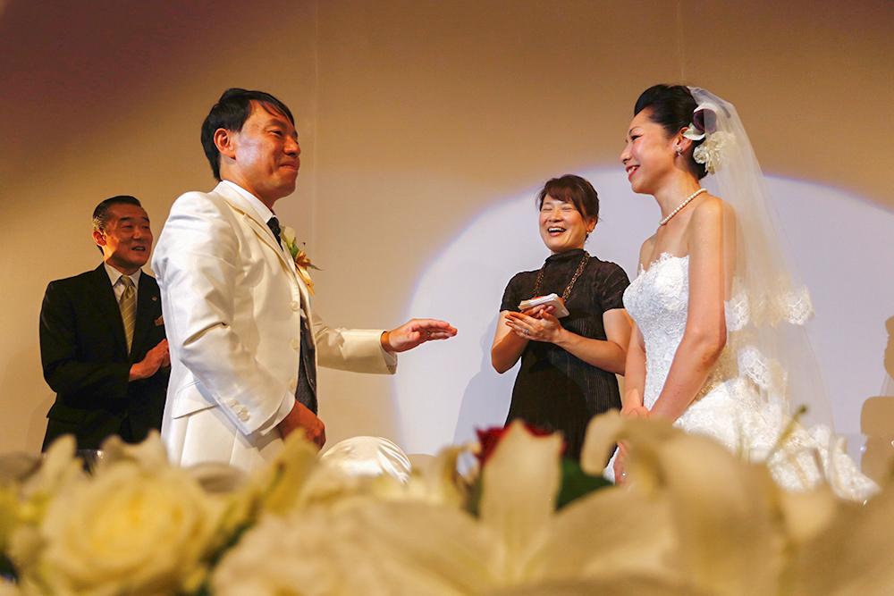 結婚指輪はお互いの分身!披露宴でも指輪の交換をしました。
