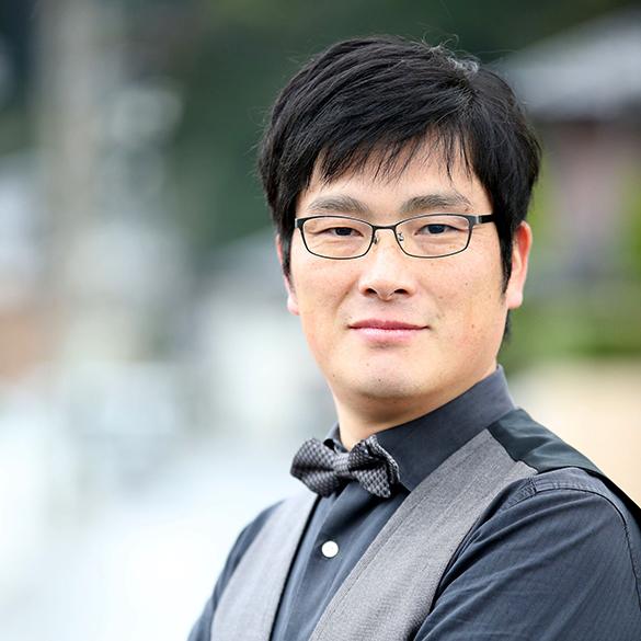 カーロカーラKURAYOSHI パーティプランナー&デザイナー松本 弦
