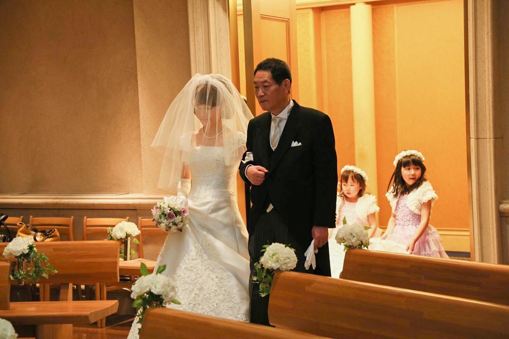スウィートで優雅にくつろぐ結婚式