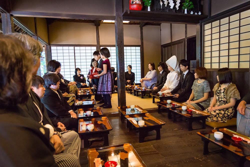 【レポート】昭和30年代の自宅婚を再現「小平ふるさと村 昭和の結婚式」