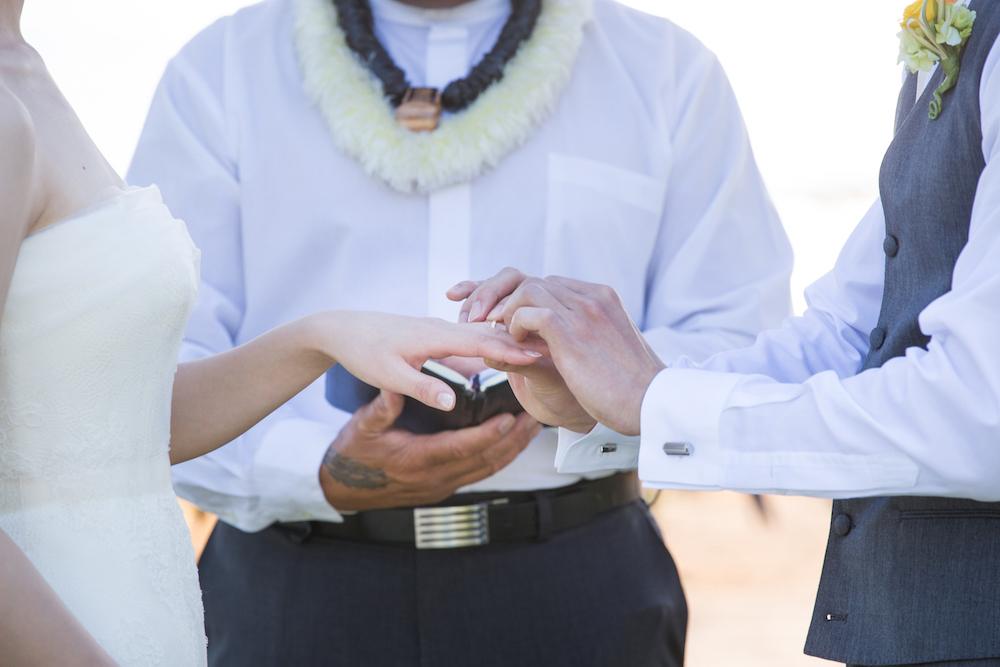 家族の想いを受け継ぐ宝石でフルオーダーメイドした婚約指輪